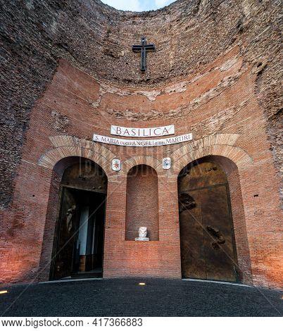 Rome - Oct 1, 2012: Basilica Di Santa Maria Degli Angeli E Dei Martiri (st Mary Of Angels And Martyr