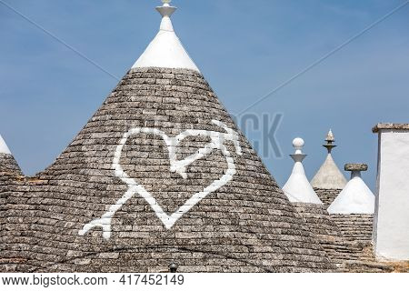 Stone Roof Of Trulli House In Alberobello, Italy. The Style Of Construction Is Specific To The Murge