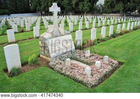 Thessaloniki: Sep 1, 2020 -  English Military Cemetery -zeitenlik, In Thessaloniki. Here Are Bones O