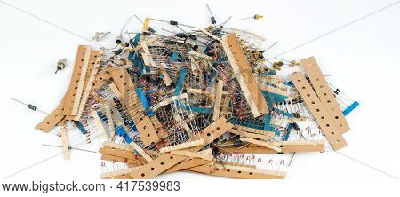 different radio electronic components different radio electronic radio