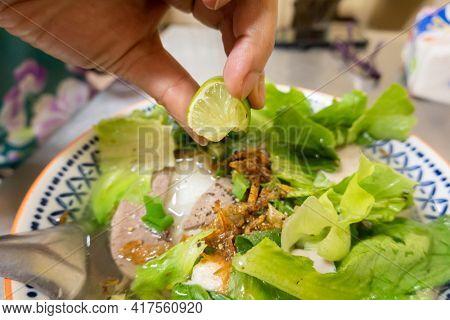 closeup image of Vietnamese pho at a restaurant
