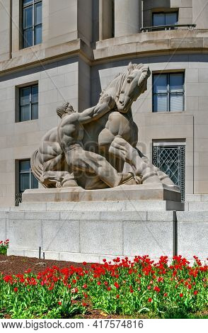 Washington, Dc - Apr 3, 2021: Art Deco Facade Of The Federal Trade Commission Building In Washington