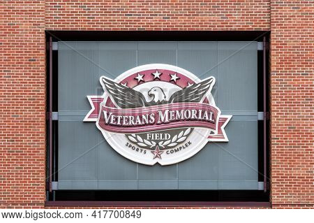 Veterans Memorial Stadium At The University Of Wisconsin-la Crosse