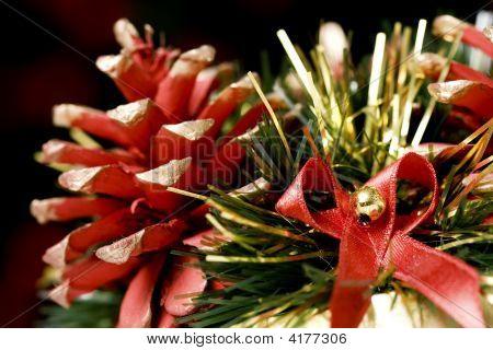 Decorative Pine-Cones