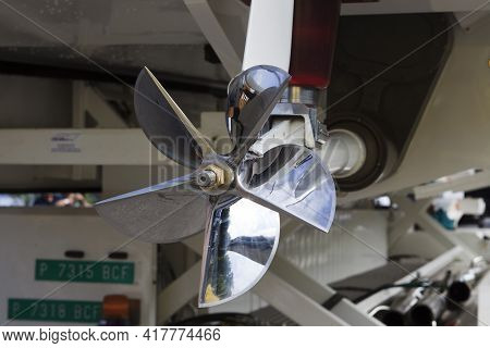 Stresa (vco), Italy - October 04, 2009: A Propeller Detail Of Racing Boat At World Offshore Powerboa