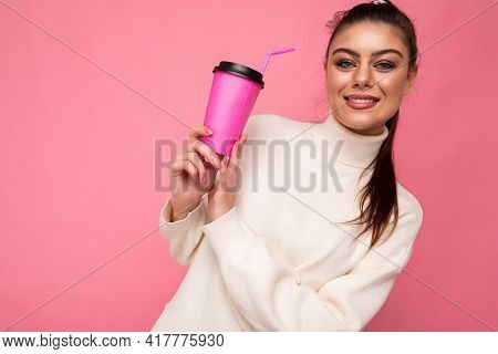 Closeup Photo Of Attractive Young Happy Smiling Brunette Woman Wearing Everyday Stylish Clothes Isol