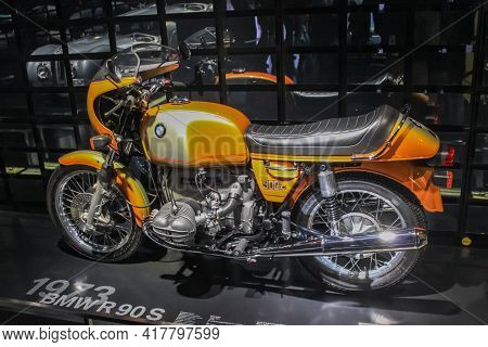 Germany, Munich - April 27, 2011: Bmw R90s Motorcycle In The Exhibition Hall Of The Bmw Museum. It W