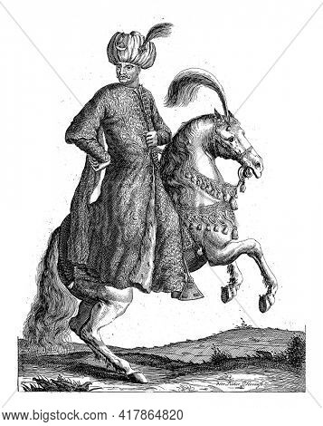 Portrait of Mehmet IV, Sultan of the Ottoman Empire, on horseback with one hand on his hips and a turban on his head. At the bottom in the margin are name and position in Dutch.
