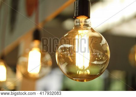 Beautiful Old Bulb Yellow Bulb Lightning Glowing And Lighting New Bulb Picture Science Technology In