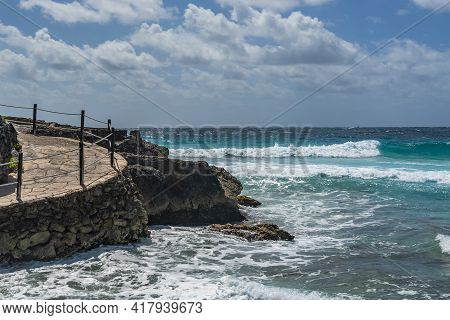Isla Mujeres South Point Punta Sur Cancun Mexico Island Turquoise Water And Way At The Rocky Coastli