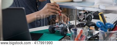 Robotics Technology And Futuristic Development, Global Robotic Bionic Science Research For Future Of