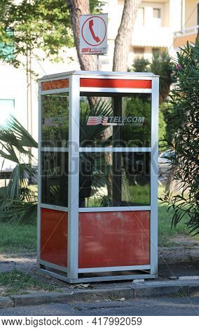 Pisa, Pi, Italy - August 21, 2019: Old Telephone Booth Of The Telecom Company