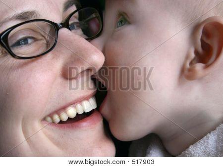 Amy Levi Kisses