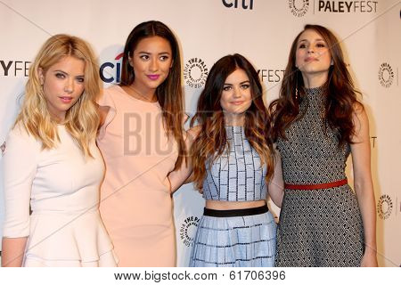 LOS ANGELES - MAR 16:  Ashley Benson, Shay Mitchell, Lucy Hale, Troian Bellisario at the PaleyFEST -
