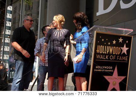 LOS ANGELES - SEP 9:  Ed O'Neill, David Faustino, Christina Applegate, Katey Sagal at the Katey Sagal Hollywood Walk of Fame Star Ceremony at Hollywood Blvd. on September 9, 2014 in Los Angeles, CA