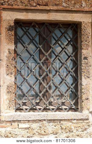 Window Architecture of Bagnoregio