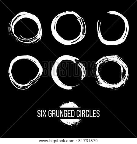 Set of Grunged Circles