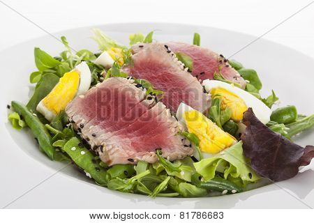 Salad With Fresh Tuna.