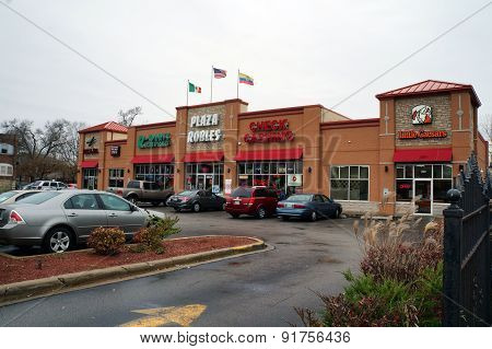 Plaza Robles Strip Mall