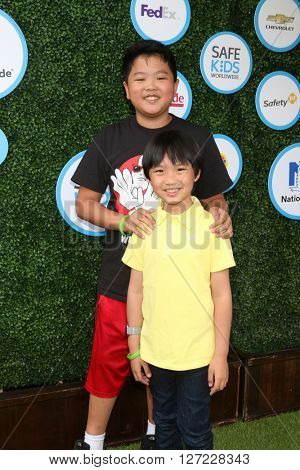 LOS ANGELES - APR 24:  Hudson Yang, Ian Chen at the Safe Kids Day at the Smashbox Studios on April 24, 2016 in Culver City, CA