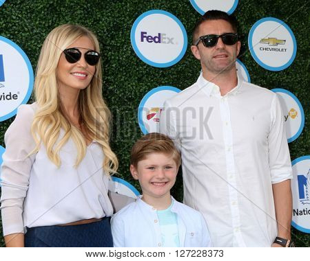 LOS ANGELES - APR 24:  Claudine Palmer, Robbie Keane, Robert Ronan Keane at the Safe Kids Day at the Smashbox Studios on April 24, 2016 in Culver City, CA