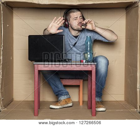 Intern Drink Alcohol While Working On The Computer