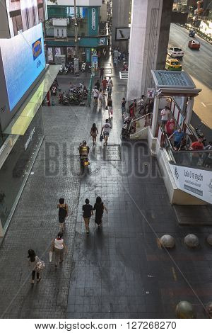 BANGKOK THAILAND - APR 10 : scene of people on walking street of Siam Square from BTS siam station on april 10 2016 thailand. Siam square is famous shopping place of Bangkok