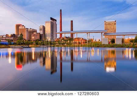 Birmingham, Alabama, USA city skyline.