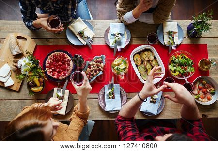 Eating by table