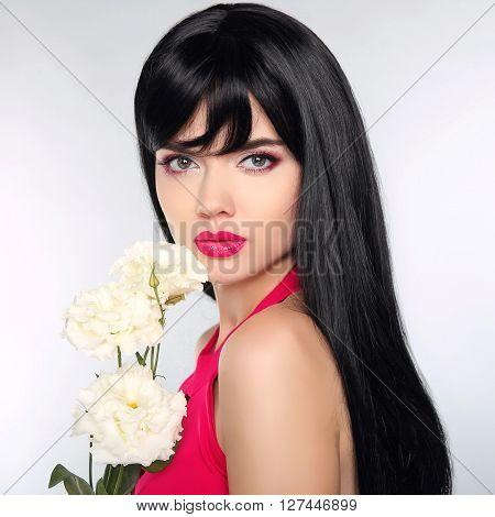 Long Hair. Beautiful Fashion Luxury Makeup, Long Eyelashes, Perfect Skin Facial Make-up. Beauty Brun