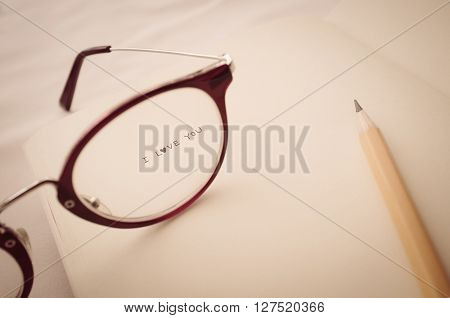 See Through Eyeglass With Word