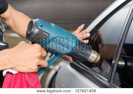 Car window tinting series : Heat shrinking window tinting