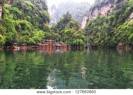 Baofeng Lake Scenery