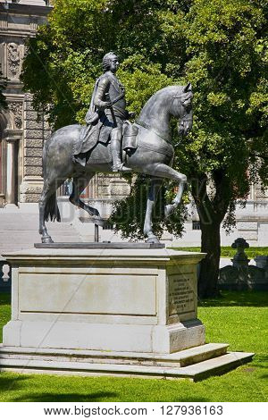 Statue of Kaiser Franz I. Stephan von Lothringen Burggarten in Vienna Austria