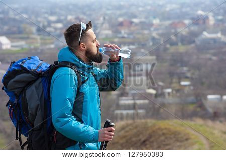 Traveler Drink Clean Water From A Bottle01