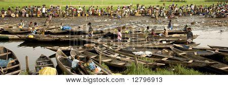 People at the market of Ganvie in Benin