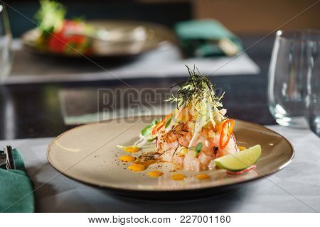 fish tartar in the restaurant