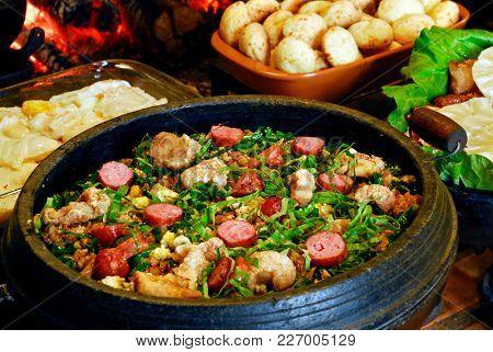 Brazilian food bean tropeiro