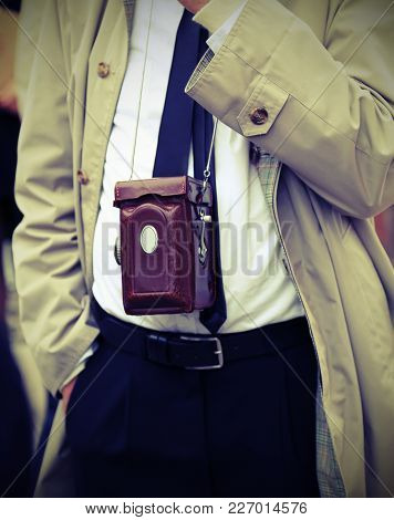 Photojournalist With Very Old Analogic Camera  With Vintage Effect