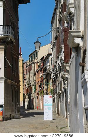 Venice, Italy - August 13, 2016: Ancient Architecture Of Historic Center In Venice
