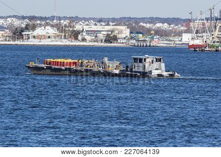 Fairhaven, Massachusetts, Usa - January 31, 2018: Fuel Barge Fuel Man Ii Crossing Acushnet River Fro