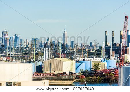 Kearny, Usa - October 27, 2017: Industrial Factory Truck Shipping Complex Jf Lomma Trucking And Rigg