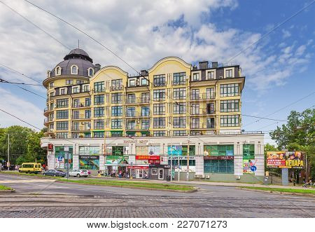 Kaliningrad, Russia - August 1, 2017: One Of The Old Houses On Prospekt Mira.