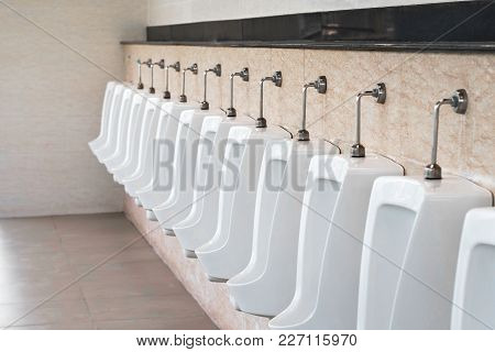 Modern White Urinals Men Public Toilet Outdoor.