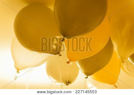Gold And Silver Balloons. Birthday Party. Balloon Décor. Flying Baloons. Balloon Background. Wedding