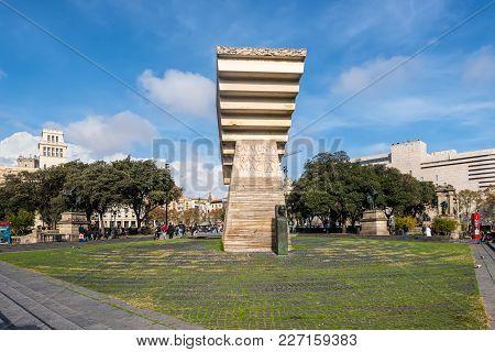 Barcelona, Spain - December 5, 2016: Monument To Francesc Macia On The Square Of Catalonia (placa De