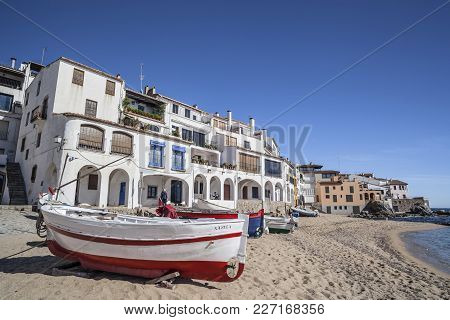 Calella Palafrugell, Spain- October 29,2012: Costa Brava Beach, Boats And Houses In Port Bo, Calella