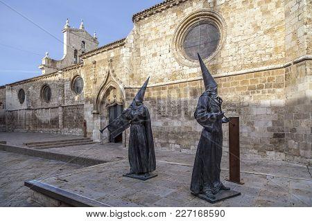 Palencia,spain-november 22,2012: Nazarenos Sculpture Front Convent, Convento San Pablo, Palencia, Ca