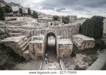Tarragona,spain: Roman Amphitheatre, Unesco World Heritage Site, Tarragona, Catalonia, Spain.