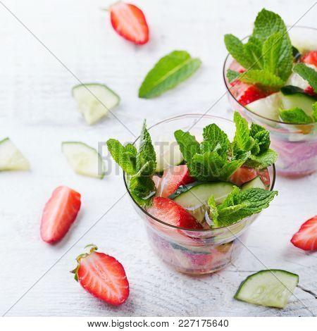 Cucumber Strawberry Mint Fresh Infused Water Detox Drink Cocktail Lemonade